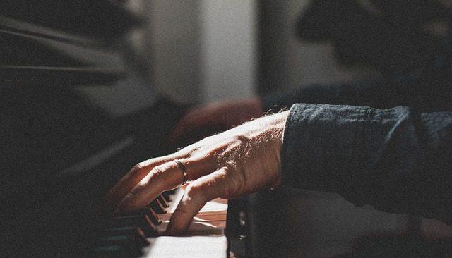 プログレッシブで奇妙なJAZZピアニスト、ティグラン・ハマシアンにハマる